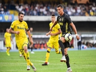 Cristiano Ronaldo não marca, mas Juve vence nos acréscimos