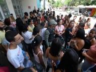 Protesto no Recife pede máscaras e álcool em gel à empresa