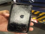Vigilante é salvo por celular em assalto a carro-forte