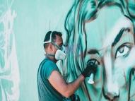 Pão e Tinta: artistas combatem a violência com grafite