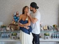 Alok e Romana deixam maternidade e divertem fãs com vídeo
