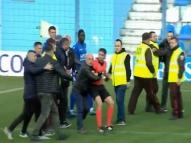Federação Albanesa para campeonato após árbitro agredido