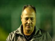 Náutico anuncia Márcio Goiano como novo técnico
