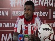 Irmão de Ronaldinho, Assis sofre infarto e é internado