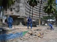Prefeitura do Recife retira famílias do Edifício Holiday