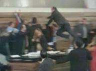 Briga generalizada na Câmara dos Vereadores de Macapá