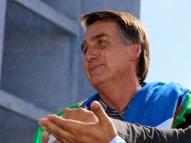 Bolsonaro se compara a Johnny Bravo e diz: 'ganhei p...'