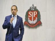 Deputado do PSL acusado de transfobia recebe advertência