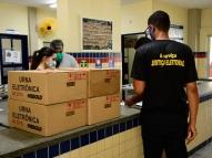 TRE-PE inicia transporte de urnas para locais de votação