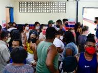 Zona Eleitoral em Peixinhos tem desrespeito e aglomeração