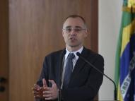 Ministro da Justiça pedirá inquérito contra jornalistas