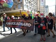 Após 2ª dose, idosos fortalecem atos contra Bolsonaro