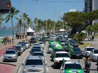 Carreata reúne apoiadores de Bolsonaro no Recife