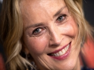 Sharon Stone é bloqueada em app de relacionamentos