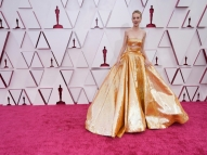 Estrelas de Hollywood voltam ao tapete vermelho após jejum