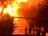 Londres: incêndio em prédio mobiliza dezenas de bombeiros