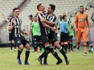 De virada, Ceará bate o Santa Cruz na Arena Castelão