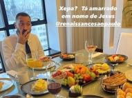 'Vida de Rei', diz Gil em hotel com diária de R$ 20 mil