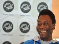 Pelé deseja sorte a Cristiano Ronaldo em estreia