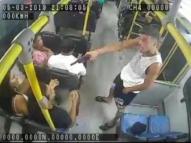 Irmãos que assaltavam ônibus no Grande Recife são presos