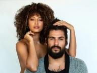 Sheron Menezzes surge nua em foto com o marido