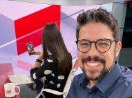 Phelipe Siani solta palavrão ao vivo na CNN Brasil