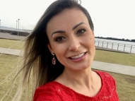 Andressa Urach decide remover tatuagens: 'Me arrependo'