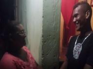 Após 20 anos, mulher reencontra filho no Dia das Mães