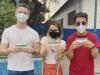 Sandy, Junior e Lucas Lima tomam vacina contra a Covid-19