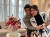 Comemorando um ano de casado, Pato se declara para esposa